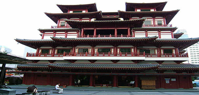 Buddha-Tooth-Relic-Temple-in-Singapore