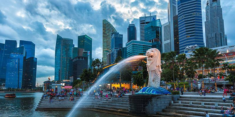 Merlion park in singapore best places to visit in singapore as a solo